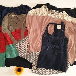 Clothing bundle, summer/winter mix, size small